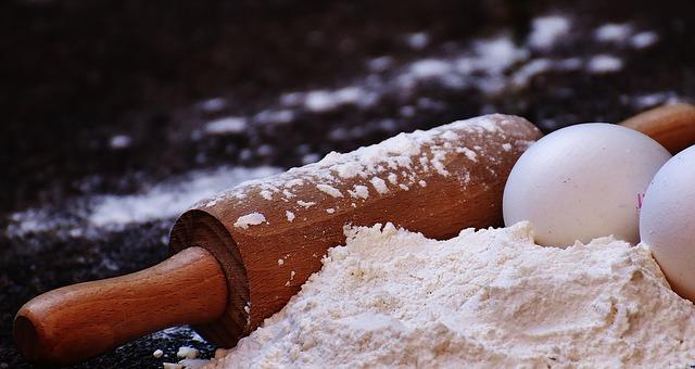 czym zastąpić mąkę ziemniaczaną